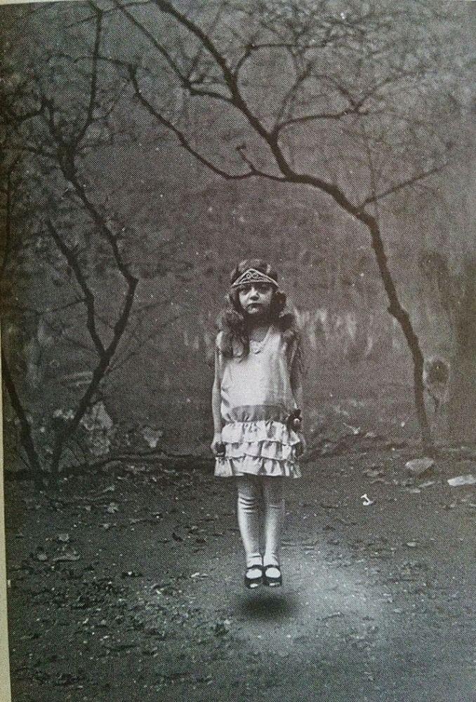 O Orfanato da Srta. Peregrine Para Crianças Peculiares (Livros I, II & III) - O Ultimato 1