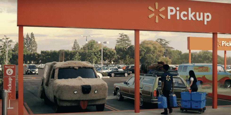 Walmart usa carros famosos do cinema em novo comercial promovendo serviço de retirada em suas lojas nos Estados Unidos