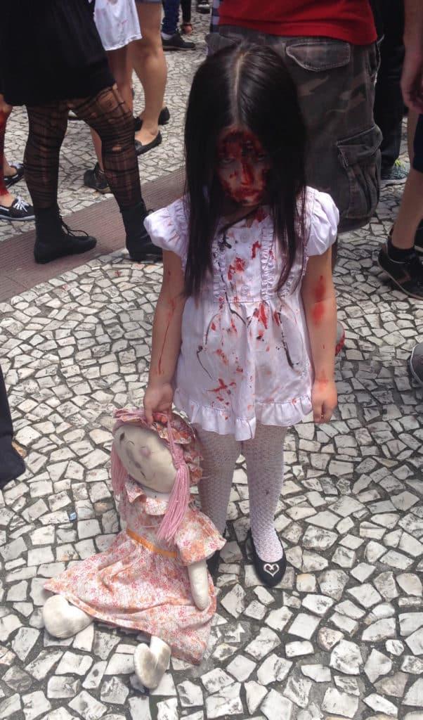 O melhor Carnaval do Brasil para quem não gosta de samba – a Zombie Walk de Curitiba – vai receber ação especial de A Maldição da Chorona pela Warner Bros. Pictures 2