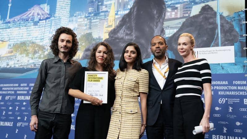 Espero Tua (Re)volta ganha prêmio da Anistia Internacional e prêmio da Paz no Festival de Berlim 2
