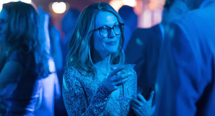 Sony divulga trailer e pôster de Gloria Bell, novo longa estrelado por Julianne Moore