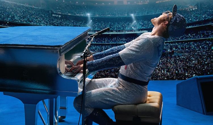 Novo vídeo de bastidores mostra Taron Egerton cantando Tiny Dancer em Rocketman