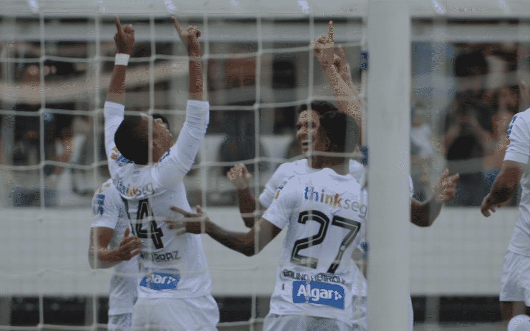 Santos de Todos os Gols, longa que estreia em 18 de abril nos cinemas, relembra mais de 12.500 gols marcados pelo time