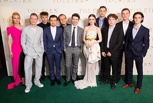 Confira as fotos do elenco de Tolkien em Londres 3