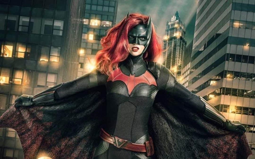 Batwoman – veja o trailer e fotos da nova série da CW