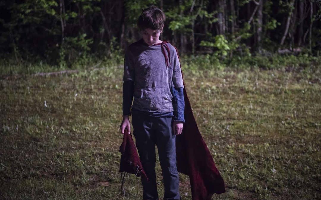 """Longa Brightburn, o """"Superman do Mal"""" de James Gunn, tem cena inédita divulgada"""