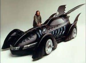 """Confira o Batmóvel de H.R. Giger, criador do design da série """"Alien"""" 3"""