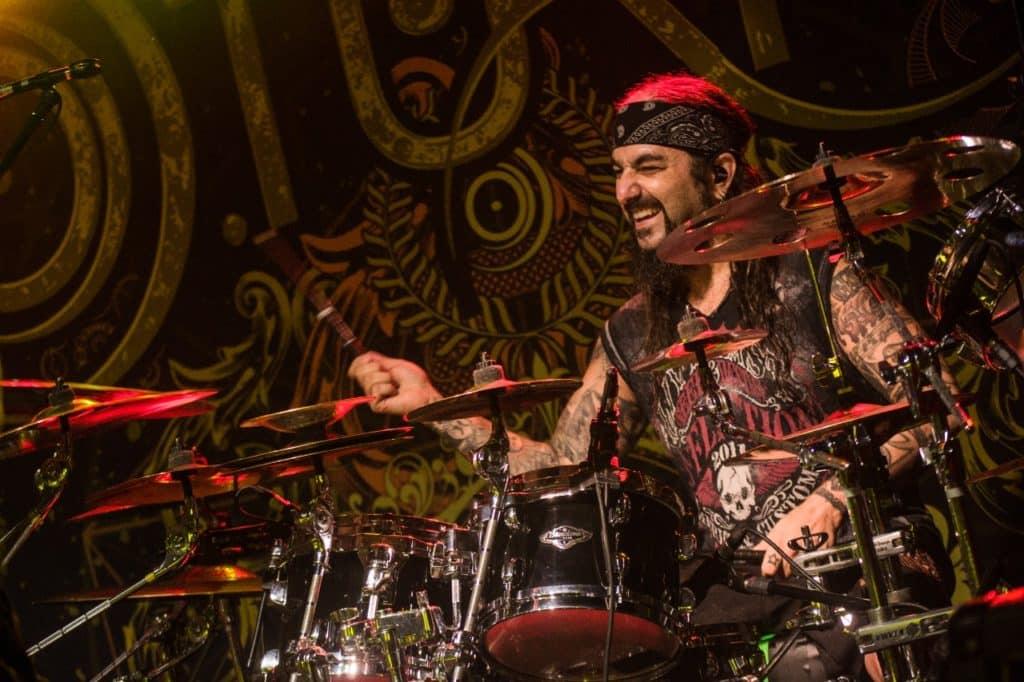 Saiba como foi Mike Portnoy, Noturnall & Edu Falaschi em Curitiba 13